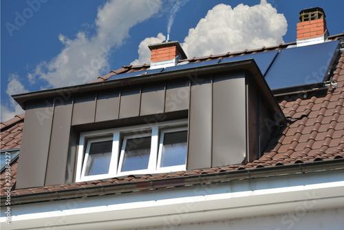Dachgaube In Kupferfarben Beschichteter Stehfalz Metallverkleidung