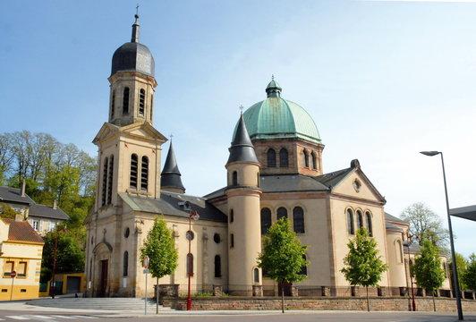 Ville de Creutzwald, église Sainte-Croix, département de la Moselle, France