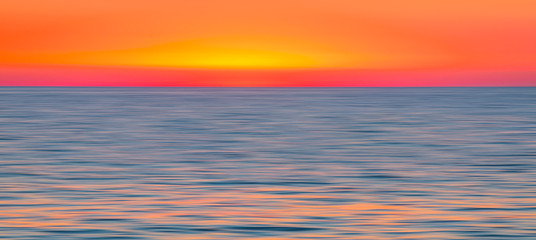 Wall Mural - Spectacular sunset over the sea