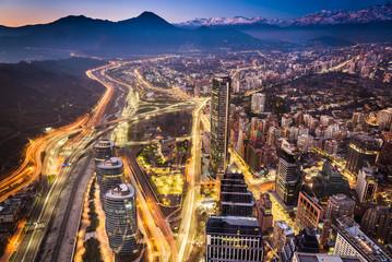 La cordillera sobre la ciudad de Santiago