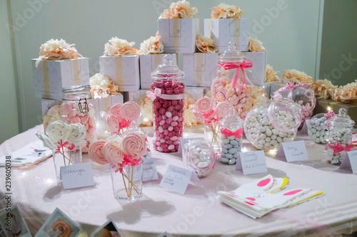 Barattoli dolci e confetti confettata per matrimonio