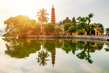 Foto op Plexiglas Asia land Tran Quoc pagoda in the morning, the oldest temple in Hanoi, Vietnam.