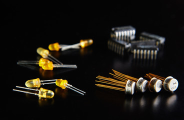 electronic chip and radio components