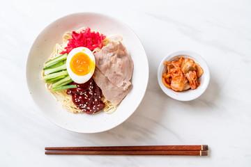 bibim naengmyeon - korean cold noodles