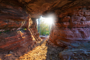 Hohler Felsen im Pfälzer Wald