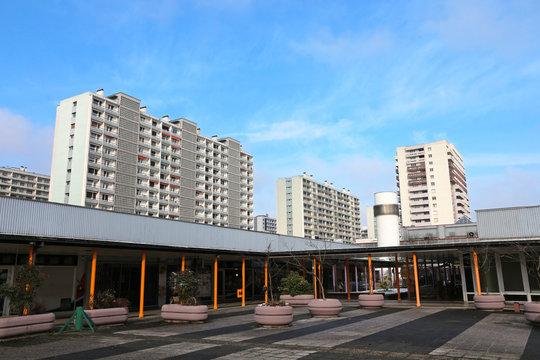 Residential multi-unit building area