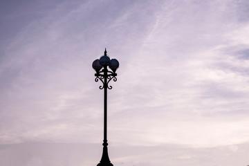 old street lamp on background of blue sky Fotomurales