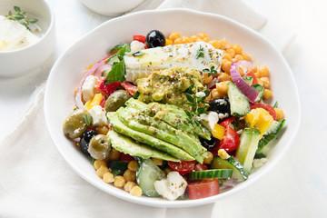 Salad with chickpeas, feta and avocado