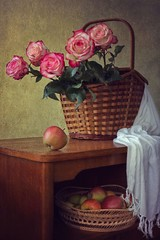 Still life with bouquet of pink roses