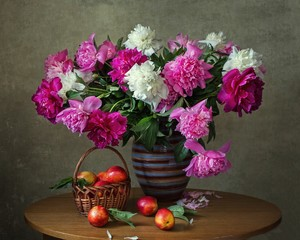 Still life with bouquet peonies and peaches
