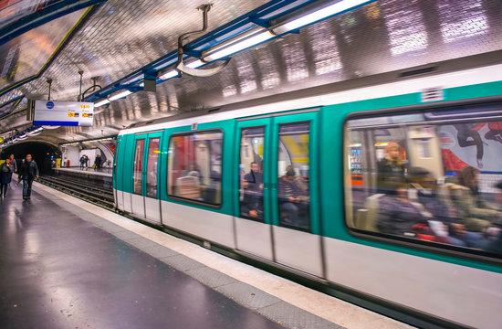 The subway train in Paris
