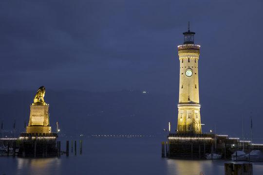 Lindau Bodensee Hafeneinfahrt Loewe Turm