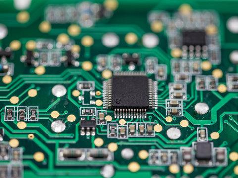 Elektronische Leiterplatten und Bauteile