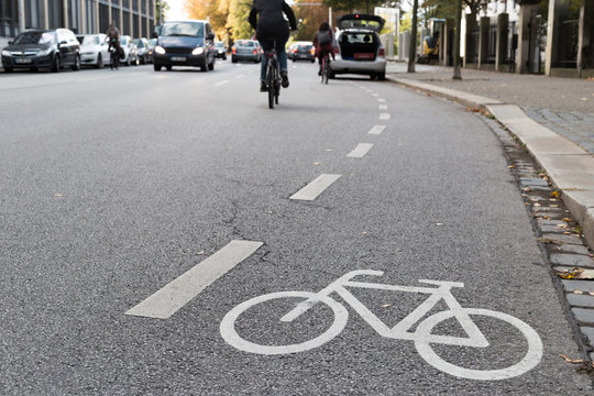 Parked cycle path