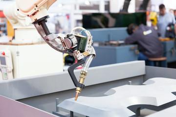 Robot arm for industrial welding