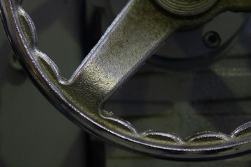 Steering wheel of management of corner of work of extruder..