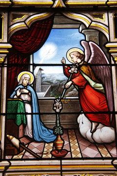 Annonciation, vitrail de l'église Saint Seine à Corbigny, Bourgogne