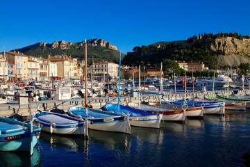 Photo sur Aluminium Bleu jean Le port de Cassis