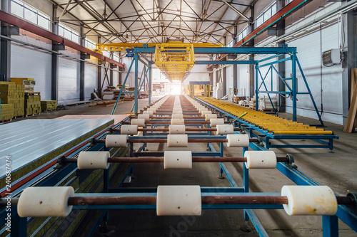 Insulation sandwich panel production line  Roller conveyor