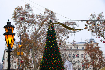 Budapest at christmas time, street style, daylight
