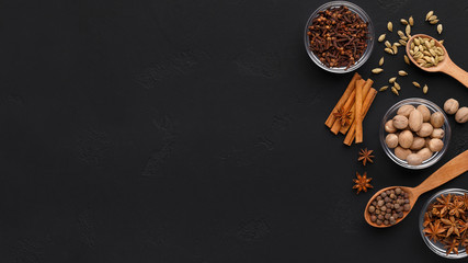 Fototapeta Cinnamon sticks, anise stars, cloves and nutmeg obraz