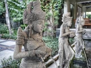 南国バリの銅像、アジアの遺跡