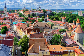 Blick auf Domberg und Vanalinn, Tallinn, Estland
