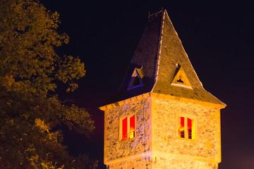 Turmspitze eines Geisterturm zu Halloween
