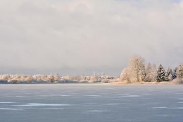 Zimowy krajobraz. Warmia, Polska - fototapety na wymiar