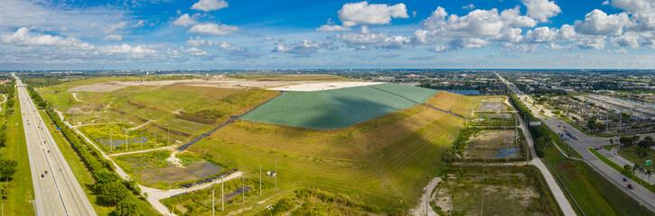 Obraz Florida garbage landfill aerial photo - fototapety do salonu