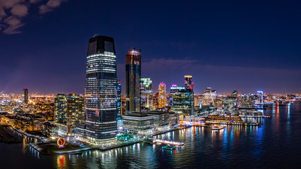 Foto op Aluminium Stad gebouw Aerial panorama of Jersey City skyline at night