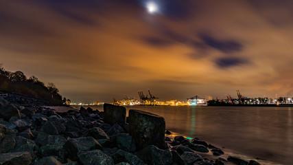 evening in Hamburg, Elbe, river in Germany