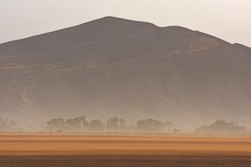 Sandsturm im Namib-Naukluft Nationalpark (Sossusvlei) in Namibia