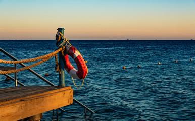 Urlaub Hurghada mit Meerblick beim Sonnenuntergang