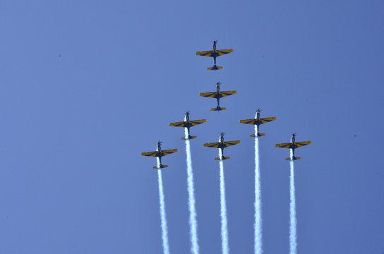 Brazilian Smoke Squadron doing aerobatics on airshow