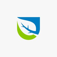 Green leaf star shape natural logo design