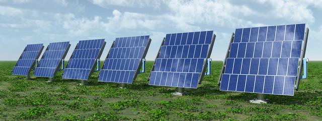 Solaranlagen in einer Landschaft
