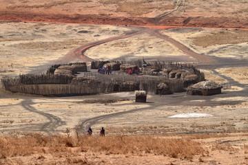 Dorf der Massai in der Serengeti