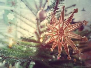 Handmade christmas star on tree Color filter effect