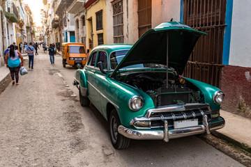 Oldtimer in Havanna Kuba grün