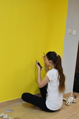 girl draws on the wall,