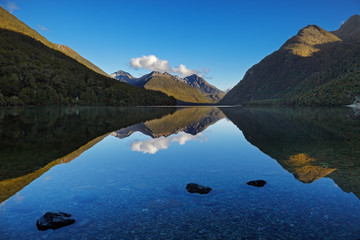 Fototapete - Beautiful lake with reflection