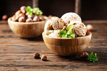 ice cream with hazelnut