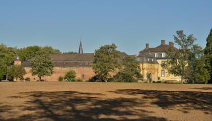 Burg Kleinbüllesheim