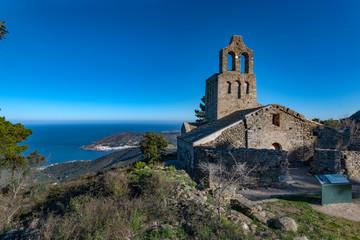 Monasterio de Sant Pere de Rodes    Ermita de Santa Creu de Rodes