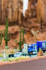 Route 66 - Schild in einer Modell-Landschaft