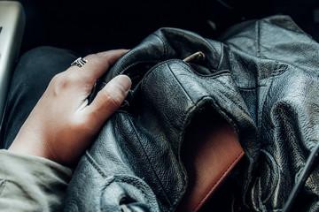 バッグひとつで旅に出たあの日の記憶。
