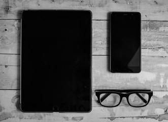 Smartphone teléfono tablet gafas madera