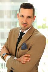 Obraz biznesmen, businessman, mężczyzna w garniturze, dyrektor - fototapety do salonu