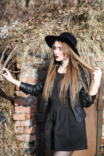 Kostenlose Bilder von jungen Gothic Girls, Dreier Löffel Bilder
